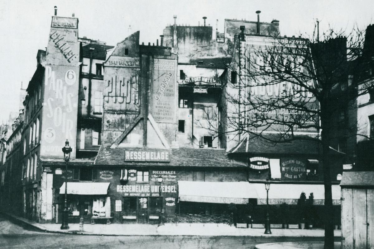 Fig. 7: Place Saint-André-des-Arts, 1910. In: B. Ulmer & Th. Plaichinger, p. 64.